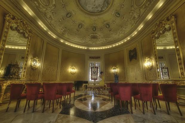Palazzo ducezio e sala degli specchi - Sala degli specchi ...