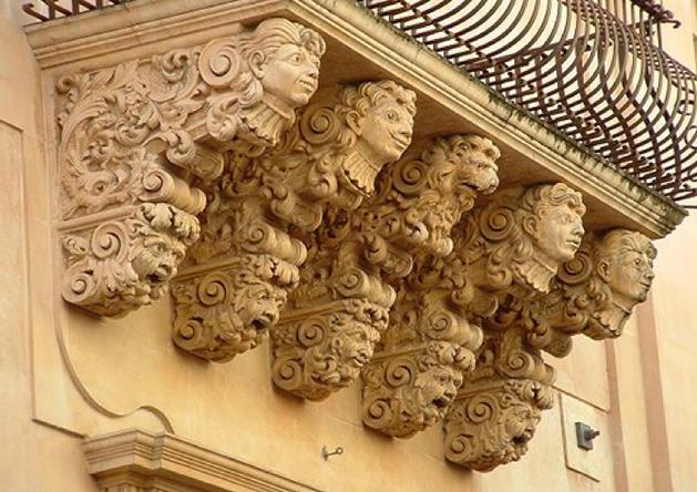 Palazzo Nicolaci  Particolare dei Balconi